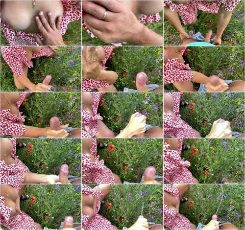 Dirty Lady - She is a Handhob while he Pees [FullHD 1080P]