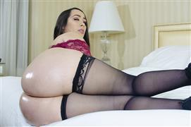 freakmobmedia-21-06-11-alycia-starr-alycias-huge-butt-is-covered-with-cum.jpg