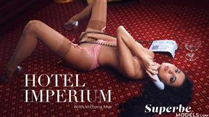 superbemodels-21-06-25-victoria-mur-hotel-imperium.jpg