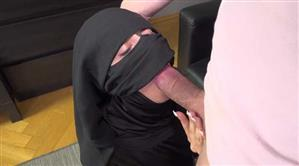 sexwithmuslims-e152-cecil-raven.jpg