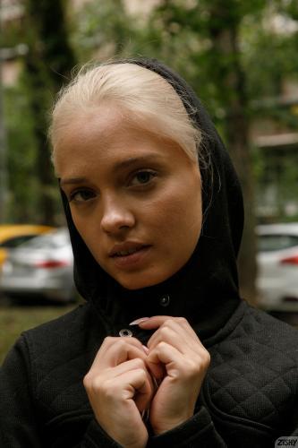 227451662_65001699-katya-nesterova-attracts-squirrel-rar-full_001_0942501023453330-jpg-thu zishy 65001699-katya-nesterova-attracts-squirrel