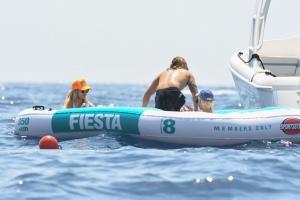 heidi-klum-and-leni-klum-on-a-luxury-yacht-in-capri-07-31-2021-13.jpg